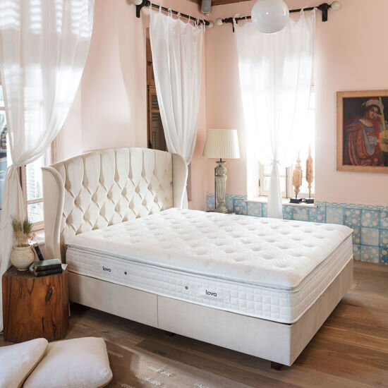Moena Royal Mattress Set